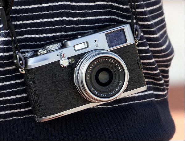 FinePix X10, rumores sobre una nueva cámara de alta gama por parte de Fujifilm