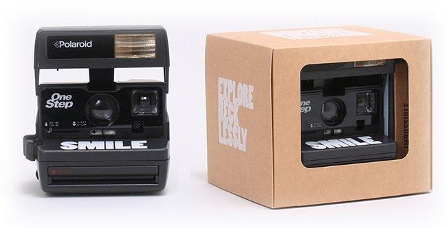 Una cadena hotelera estadounidense ofrece Polaroids en el minibar