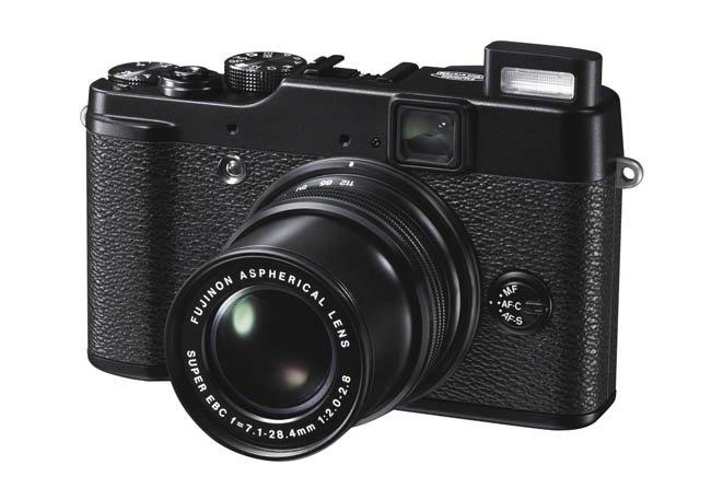 La Fujifilm X10 ya es oficial