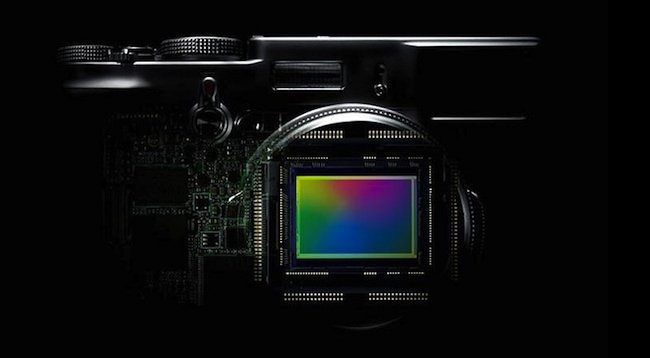 Fujifilm prepara su primera cámara sin espejo
