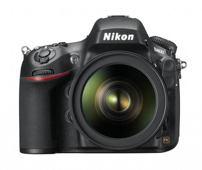 Nikon D800, disponible para marzo