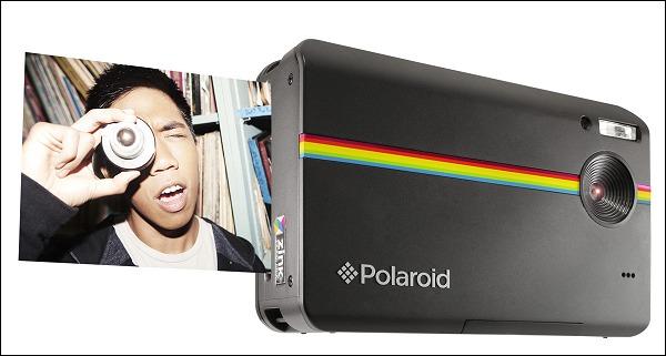 Polaroid se reinventa con la cámara 3 en 1.