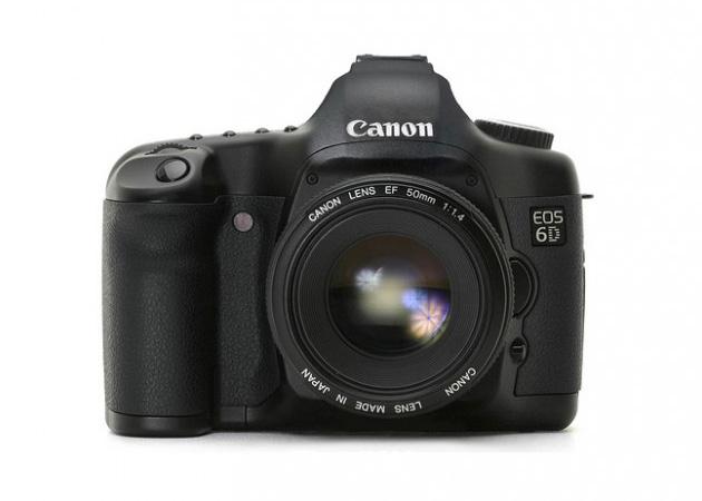 Canon responde a Nikon con la Full Frame EOS 6D