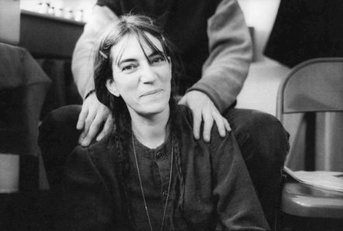 Publican un libro de fotografías de Patti Smith muy especial