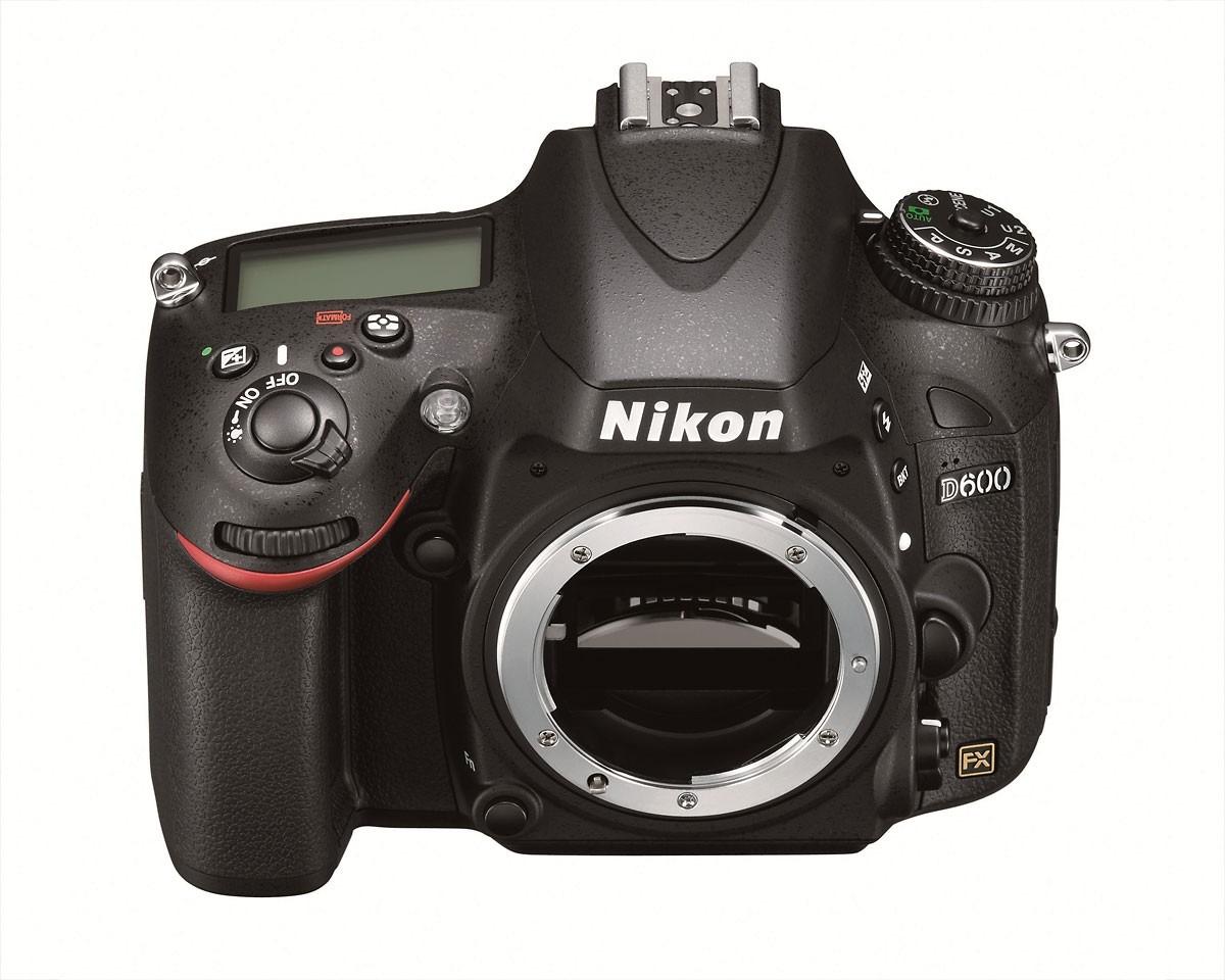 Nikon admite fallos en el sensor de su D600