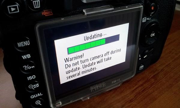 Nikon actualiza varios firmware de sus cámaras réflex