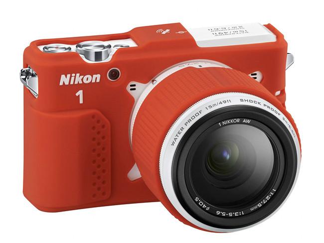 Nikon presenta su nueva sin espejo sumergible
