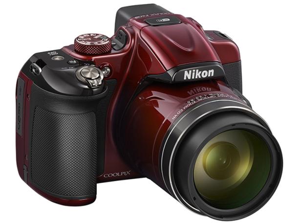 Nikon también se lanza a por los 60 aumentos