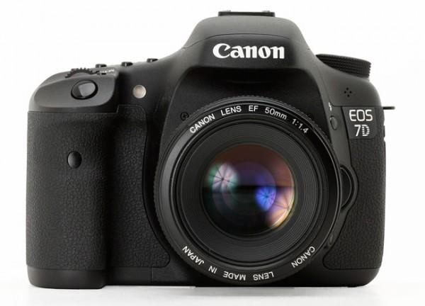 Podría volver a retrasarse el lanzamiento de la renovación de la Canon 7D