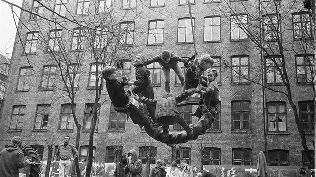 Playgrounds. Reinventar la plaza en el Reina Sofía