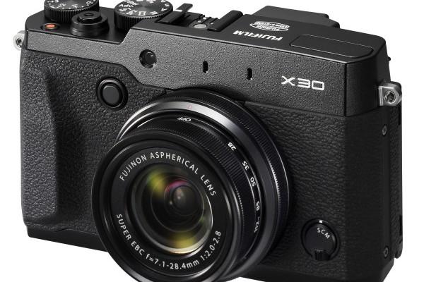 La nueva Fujifilm X30 estrena motor y visor electrónico